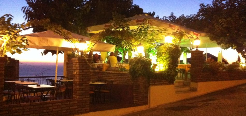 Alexandros Restaurant and Rooms - Pelekas, Corfu